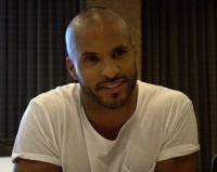 Ricky Whittle, The 100 Press Room, 2015